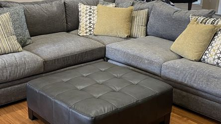 Sectional Couch - 3 Piece, Cindy Crawford Collection With Pillows And Ottoman for Sale in Lakeland,  FL