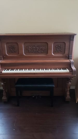 Piano for sale for Sale in Hemet, CA