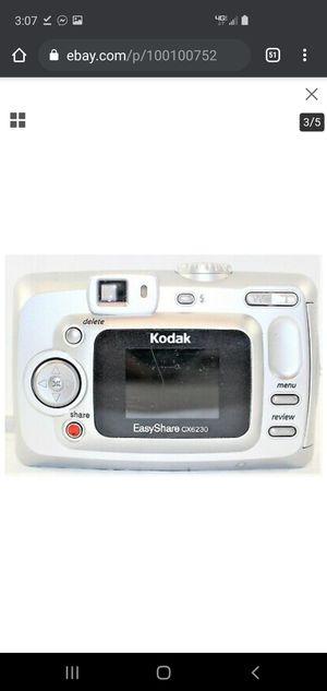 kodak easyshare 2.0 cx6230 camera for Sale in Vaucluse, SC
