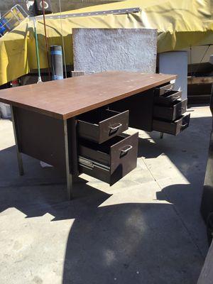 Metal desk free for Sale in Lynwood, CA