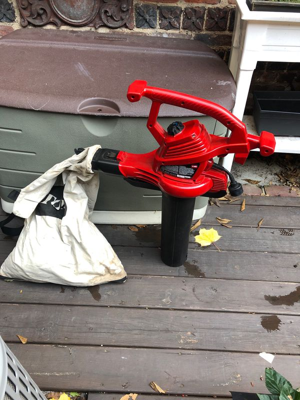 Toro leaf blower and bag