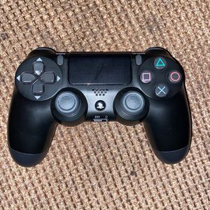 PS4 controller for Sale in Aurora, CO