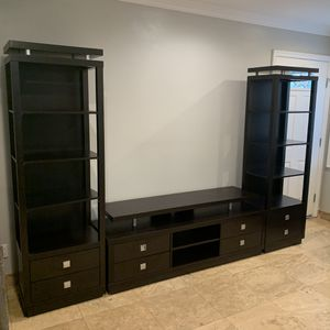 Home Entertainment TV Stand & 2 pier Units for Sale in Monterey Park, CA
