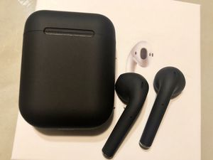 NEW MATTE BLACK EARPODS ( delivery Available) for Sale in Aurora, CO