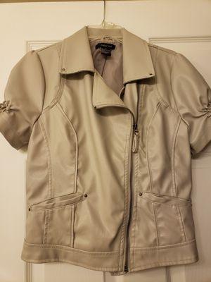 Ladies Jacket!! for Sale in Glen Burnie, MD