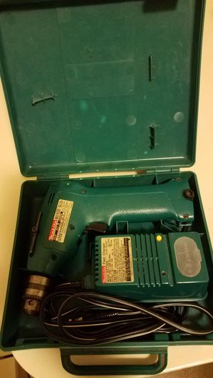 MIKITA CORDLESS DRILL for Sale in Seattle, WA