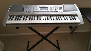 Yamaha PSR-290 keyboard with stand for Sale in San Diego, CA