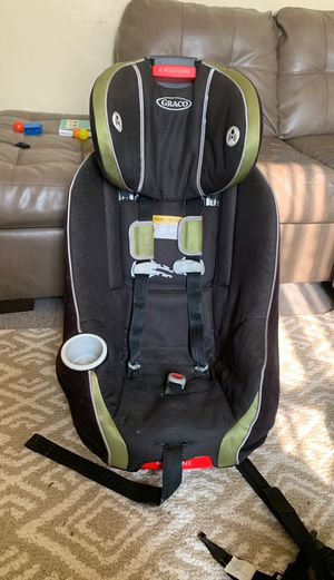 Graco Nautilus 65 3-in-1 Harness Booster Car Seat for Sale in Pittsburgh, PA