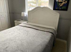 White Bedroom Set for Sale in Miami, FL