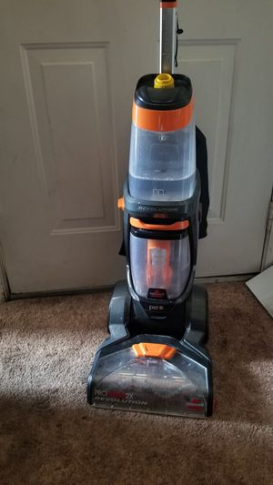 Bought 3 months ago Bissell preheat revolution carpet cleaner for Sale in Rialto, CA