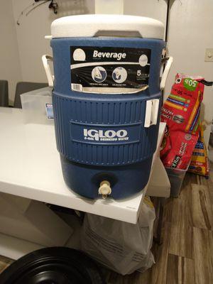 Cooler for Sale in Pompano Beach, FL