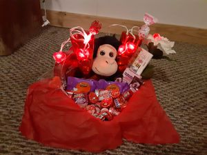 Valentine's day baskets for Sale in Grove, OK