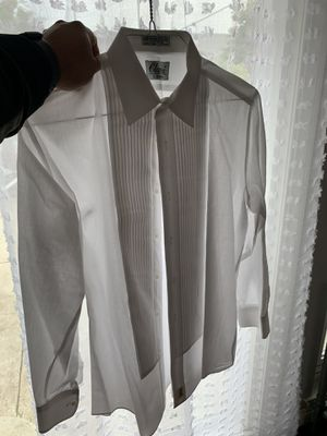 New dress shirts Large $5 dlls I have several for Sale in Anaheim, CA