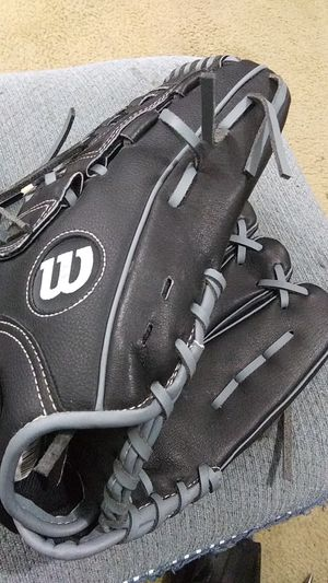 Wilson A360 baseball glove for Sale in Newberg, OR