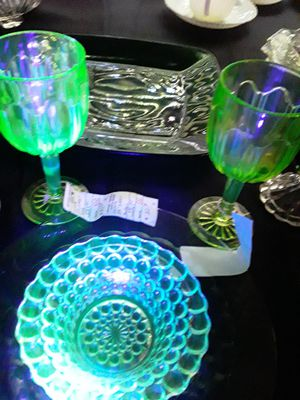 Uranium glass collectable for Sale in Renton, WA