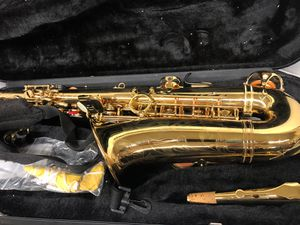 Accent saxophone in case for Sale in Dallas, TX