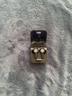 Wireless earbuds for Sale in Fairfax,  VA