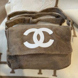 Chanel Precision VIP Crossbody Bag for Sale in Seattle, WA