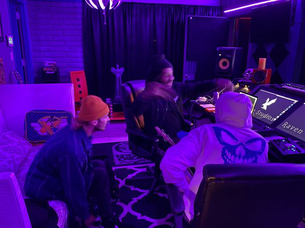 $50 Per hour @ Raven-studios State Of The Art Vibe Music Factory