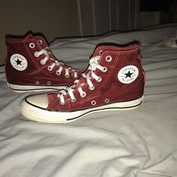 Red velvet high top converse soft and Cute. Size 6 US for Sale in Alexandria,  TN
