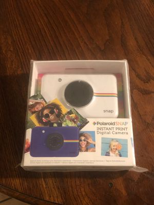 Polaroid Snap instant print digit camera for Sale in Tulare, CA