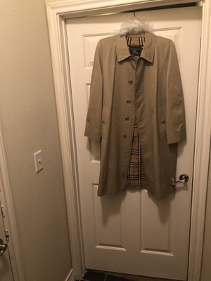 Burberry Coat-Men's for Sale in Franklin, TN