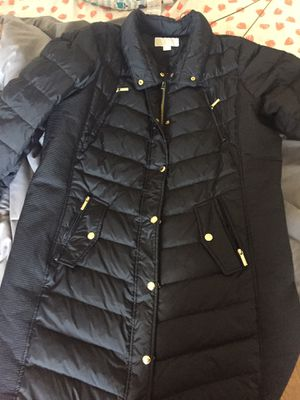 Michael Kors Plus Size 1X Winter Coat Never Worn for Sale in North Bergen, NJ