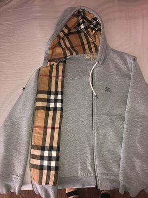 Burberry Sweater Mens for Sale in Maywood, CA