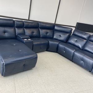 Gorgeous Navy Blue Sectional for Sale in Marietta, GA