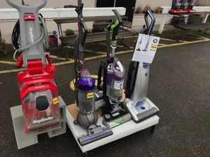 Vacuum cleaner s certified refurbished. Buy one of these vacuum s get rug doctor shampooer FREE. DYSON DC65 or bissel pet hair eraser or kenmore p for Sale in University Place, WA