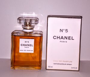Chanel No. 5 Women's Perfume 3.4oz for Sale in Shelby Charter Township, MI