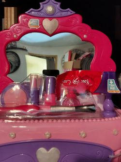 Make Up Vanity With Sound for Sale in Boring,  OR