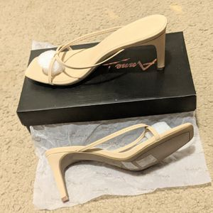 Nude; Caged Slil-On Heels. Size 7 for Sale in Hillsboro, OR