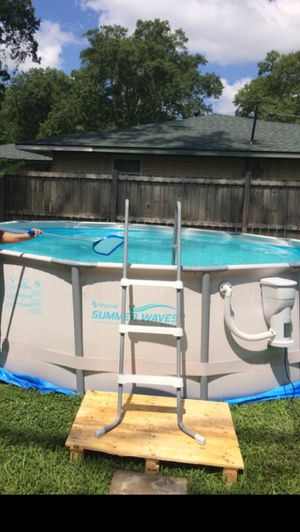 SummerWavesSwimmingPool for Sale in Baton Rouge, LA