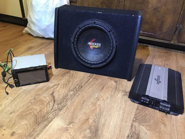 Touch screen Sony radio/ speaker/ amplifier