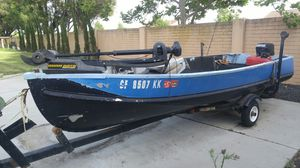 Aluminum Fishing boat 16 ft with 2 motors, 2 fish finders, trolling motor, anchor and more for Sale in Vacaville, CA