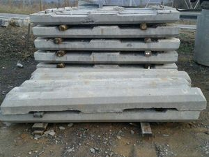 7ft Precast Parking Curbs for Sale in Kingsport, TN