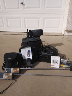 Kodak . Garmin. Cannon. for Sale in Hereford, AZ