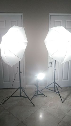 3 x photography light kit LED Studio light set PRICE FIRM for Sale in Fontana, CA