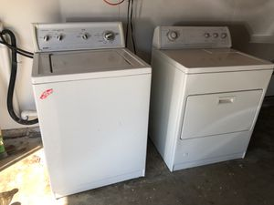 Kenmore washer and whirlpool dryer for Sale in Lancaster, CA