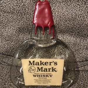 MAKERS MARKRed WAX Bourbon Whiskey melted bottle cheese tray Wall Hanger for Sale in Rockwall, TX