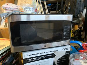 Ge microwave for Sale in Shafter, CA