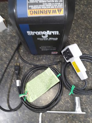 Strong Arm winch with remote. 1hp/2700 lb capacity New in box for Sale in Tampa, FL