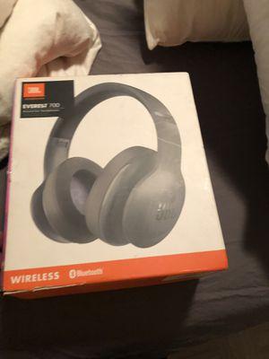 JBL wireless headphones for Sale in undefined