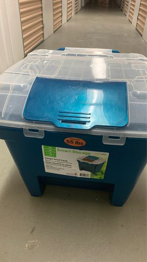 Dog food storage container (55 lbs) for Sale in Quantico, VA