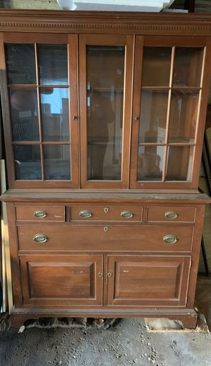 Antique mahogany china cabinet for Sale in Niles, IL