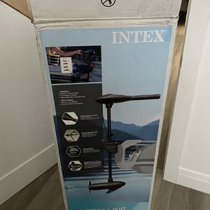 Brand New Intex 12 V Trolling Motor With Mount for Sale in Miami, FL