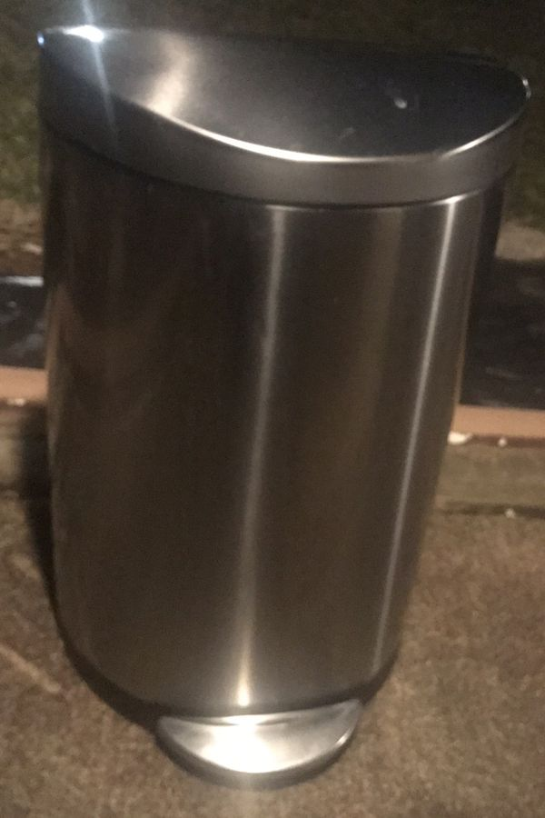 Simplehuman Stainless Tall Kitchen Step Trash can - Lightly Used