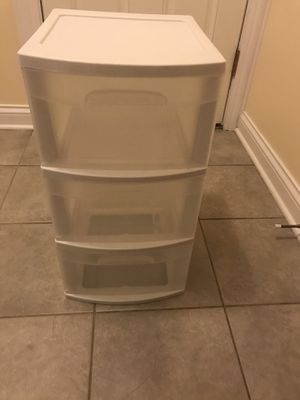 3 Drawers plastic storage for Sale in Naperville, IL