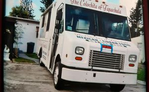 Camion para vender comida for Sale in West Palm Beach, FL
